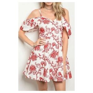DO + BE NWT Tomorrow Can Wait Dress in Red Floral
